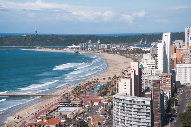 Durban Beach photo by oldeani0 pixaby