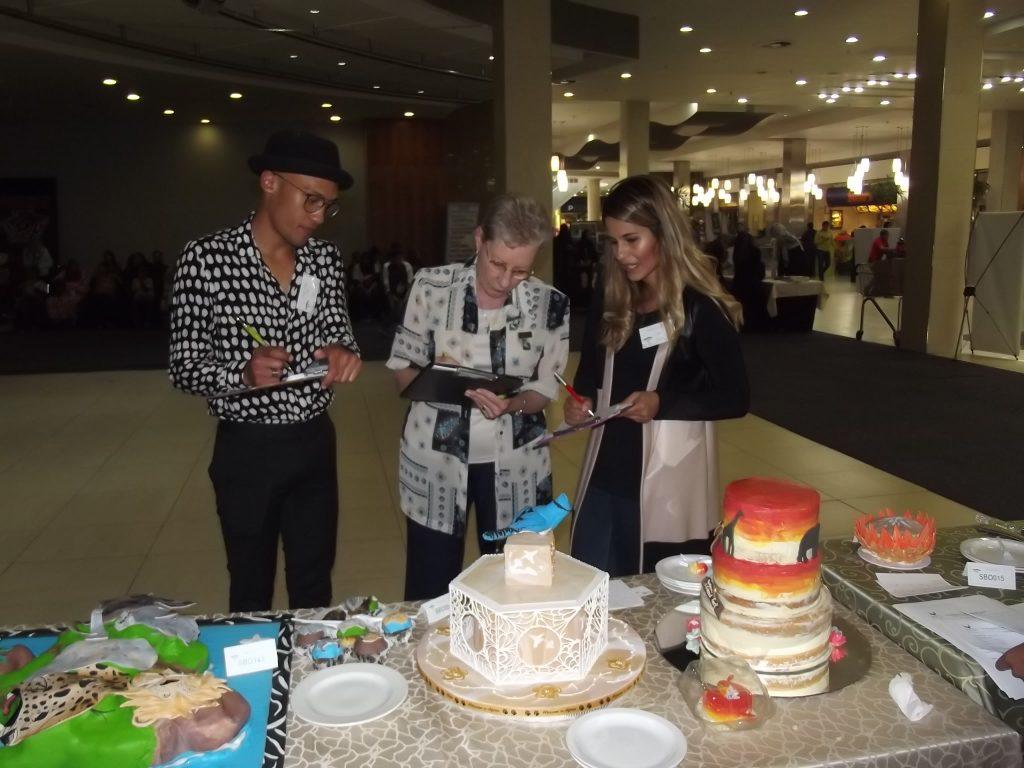 cupcakes-a-cause-joburg-judges