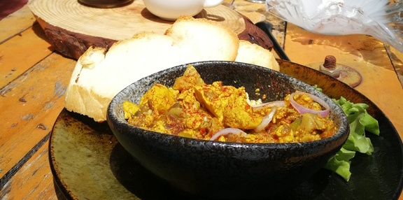 curry-tofu-scramble